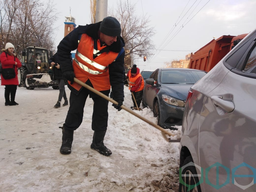 В Уфе комплексно очищают улично-дорожную сеть