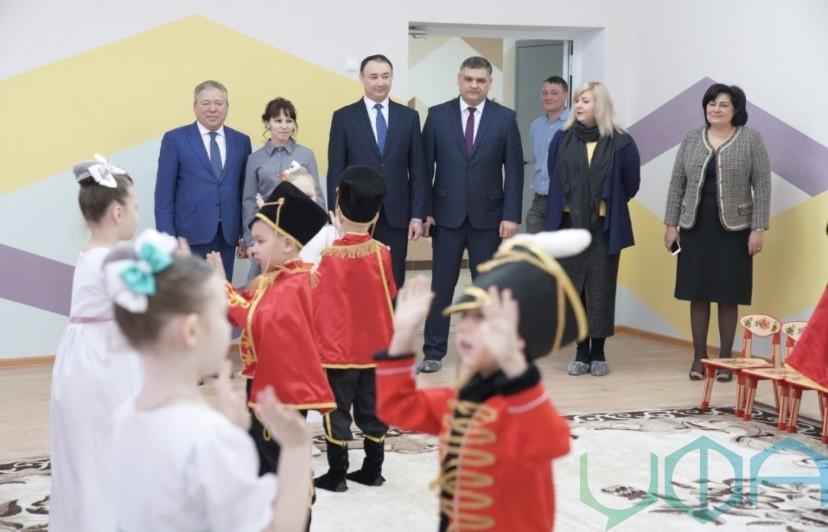 В поселке Максимовка открылся новый детский сад № 155 «Я расту»