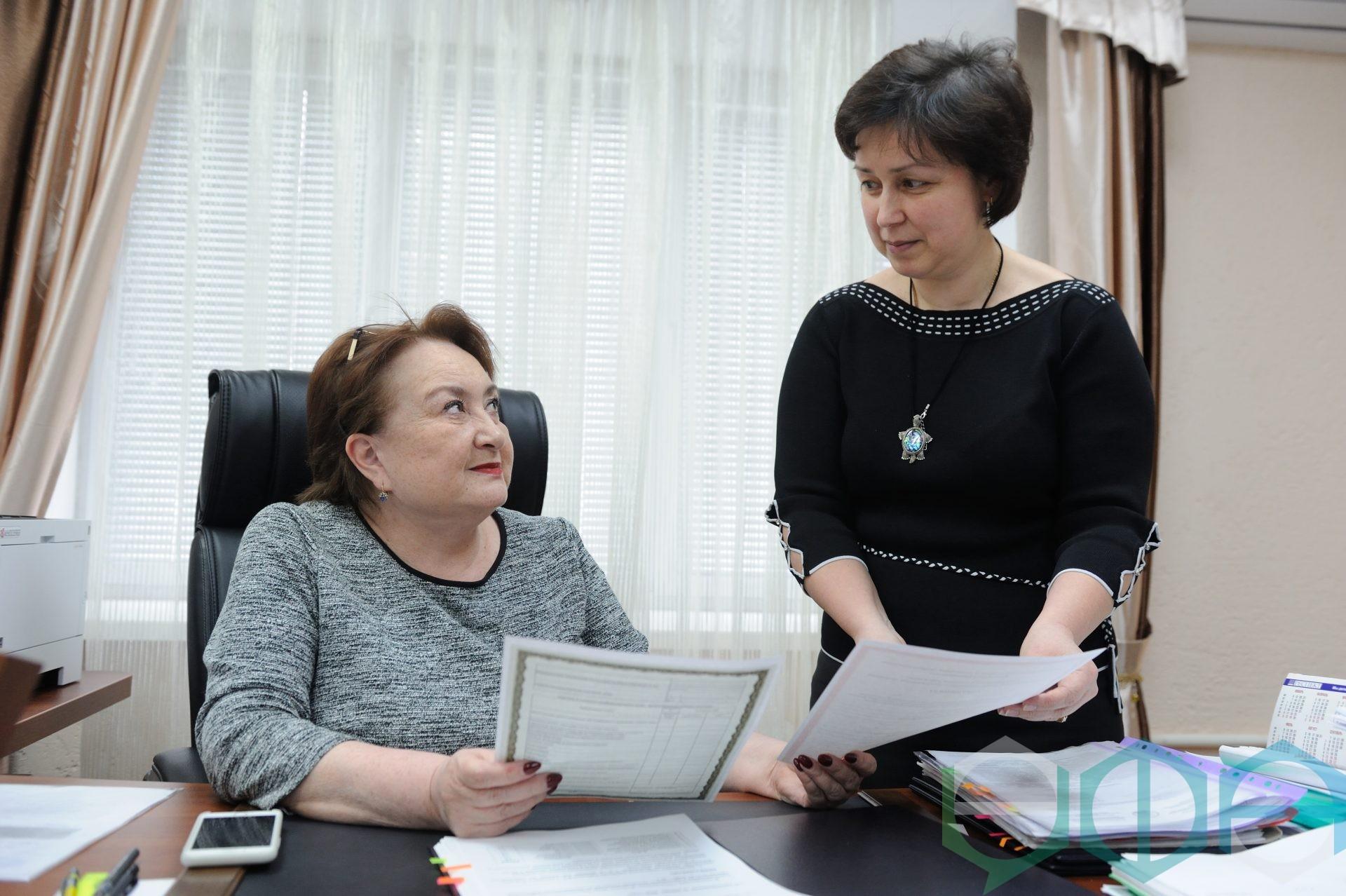В Республиканском центре социального обслуживания населения выдаются сертификаты на реабилитацию ребенка-инвалида и на обеспечение инвалидов техническими средствами реабилитации