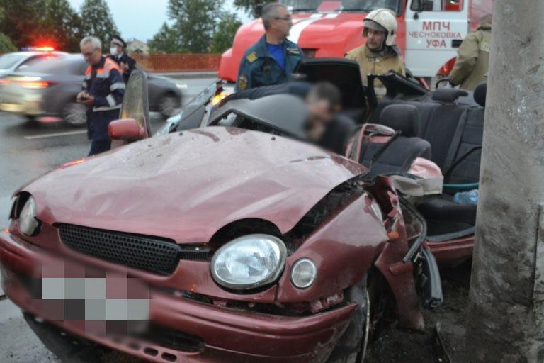 За последние дни уфимским спасателям пришлось трижды выезжать на происшествия с автомобилями, в том числе, чтобы деблокировать пострадавших