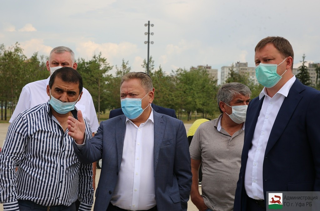 Ульфат Мустафин ознакомился с ходом благоустройства объектов городской среды