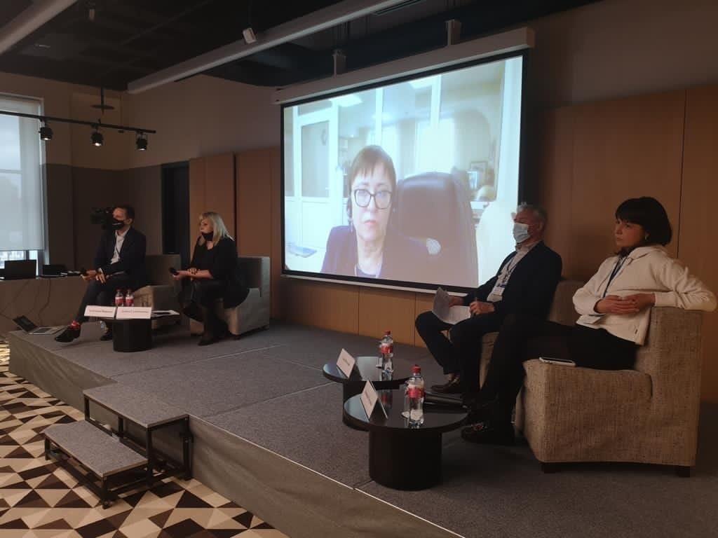 Алина Сулейманова приняла участие в международном конгрессе Национальной ассоциации телерадиовещателей