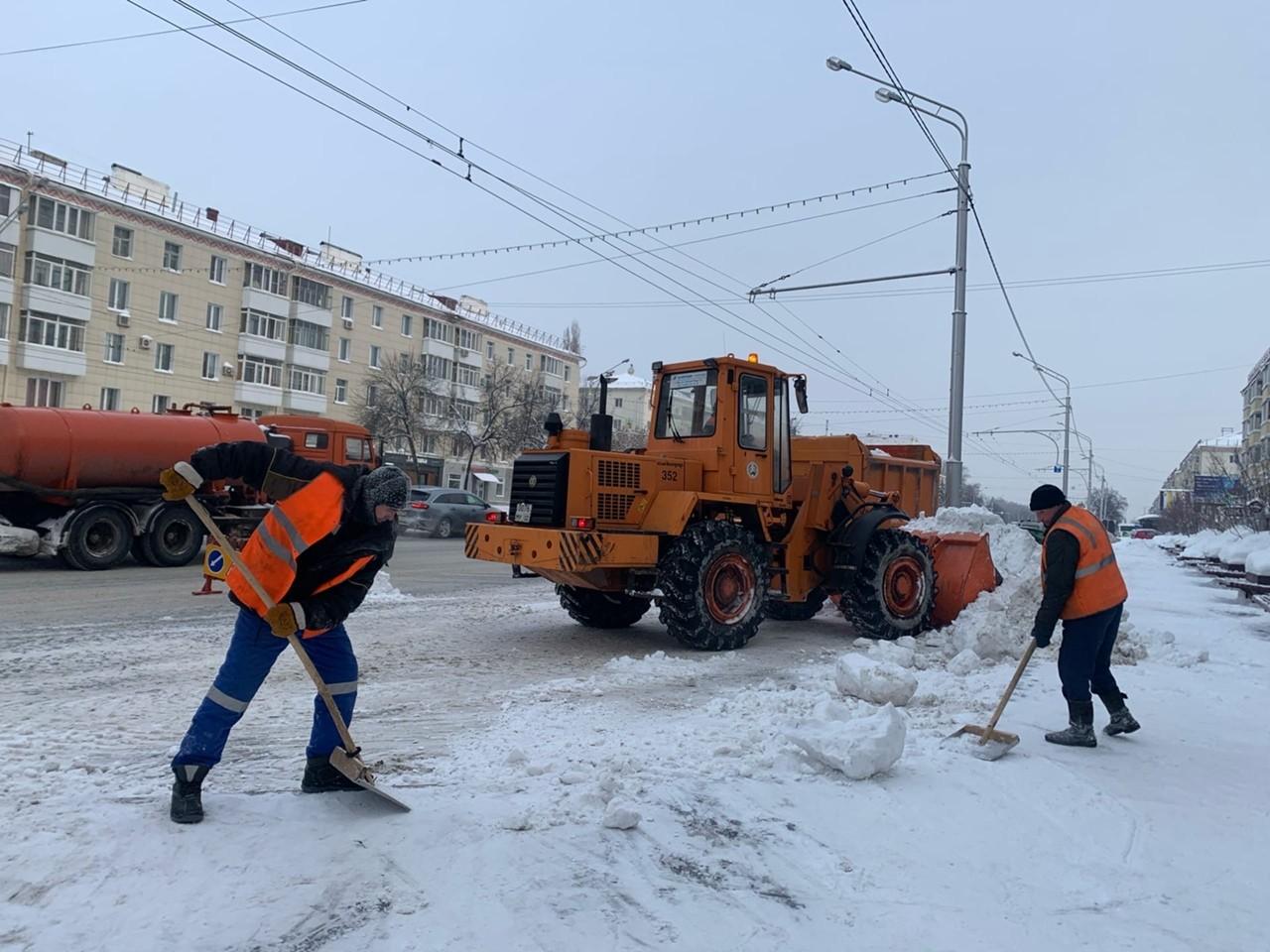 В Уфе жилищно-коммунальные службы присоединились к республиканской акции «Внимание, снег!»