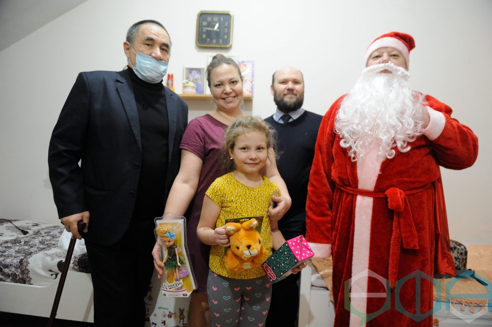 Представители Общества инвалидов города Уфы поздравили ребят с особенностями здоровья с праздником Крещения
