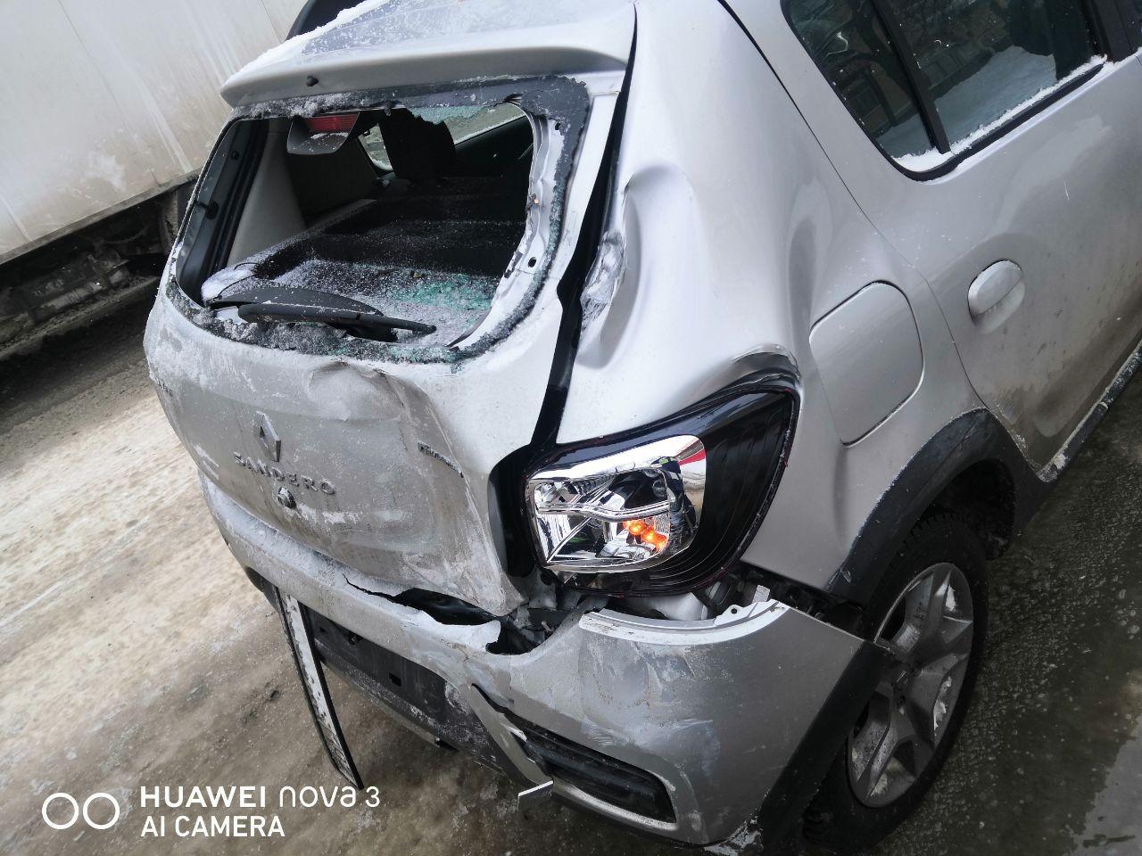 В Уфе водитель «НефАЗа» устроил массовую аварию: есть пострадавшие