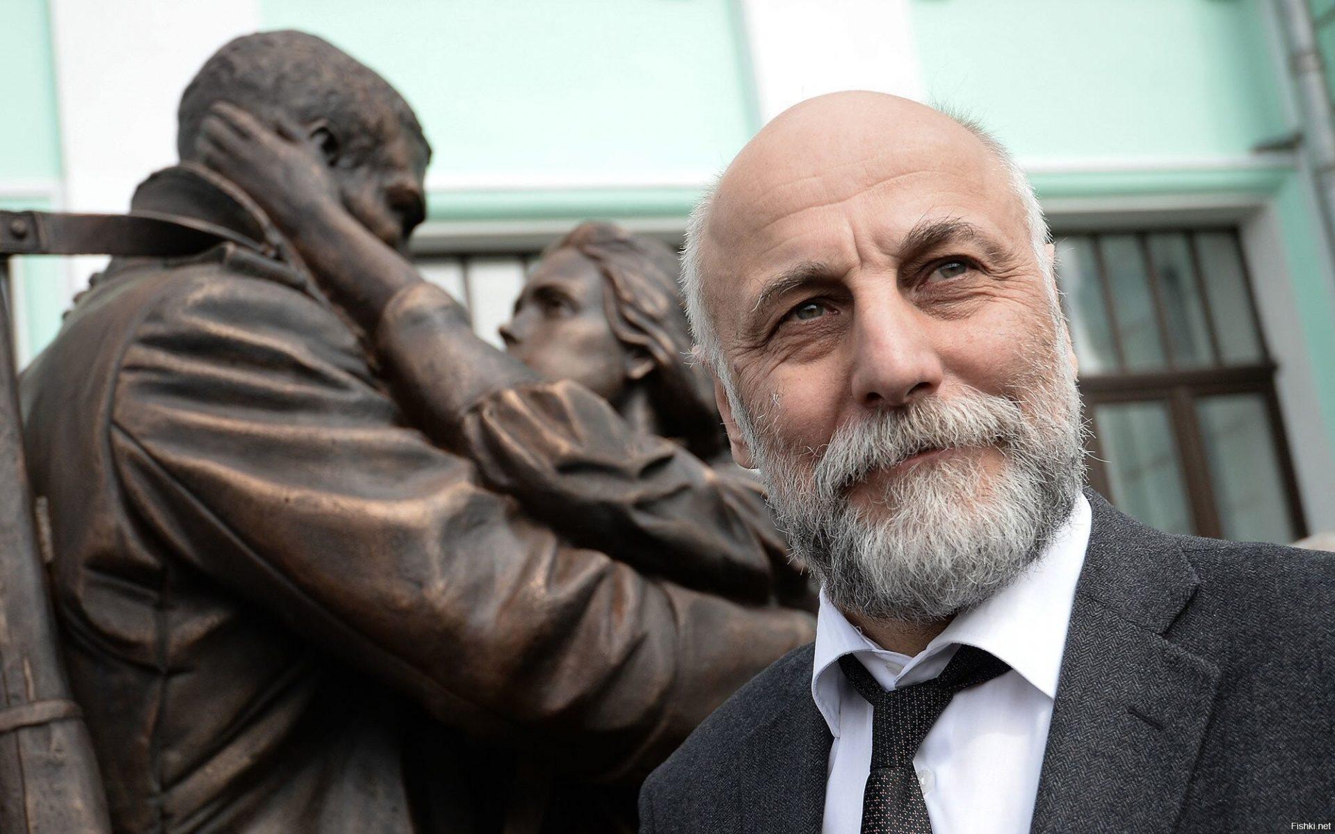 Константин Донгузов: скульптура генерала Шаймуратова станет смысловым центром реконструированной Советской площади в Уфе