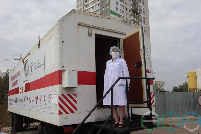В Уфе строительная компания воспользовалась возможностью вакцинироваться на рабочем месте